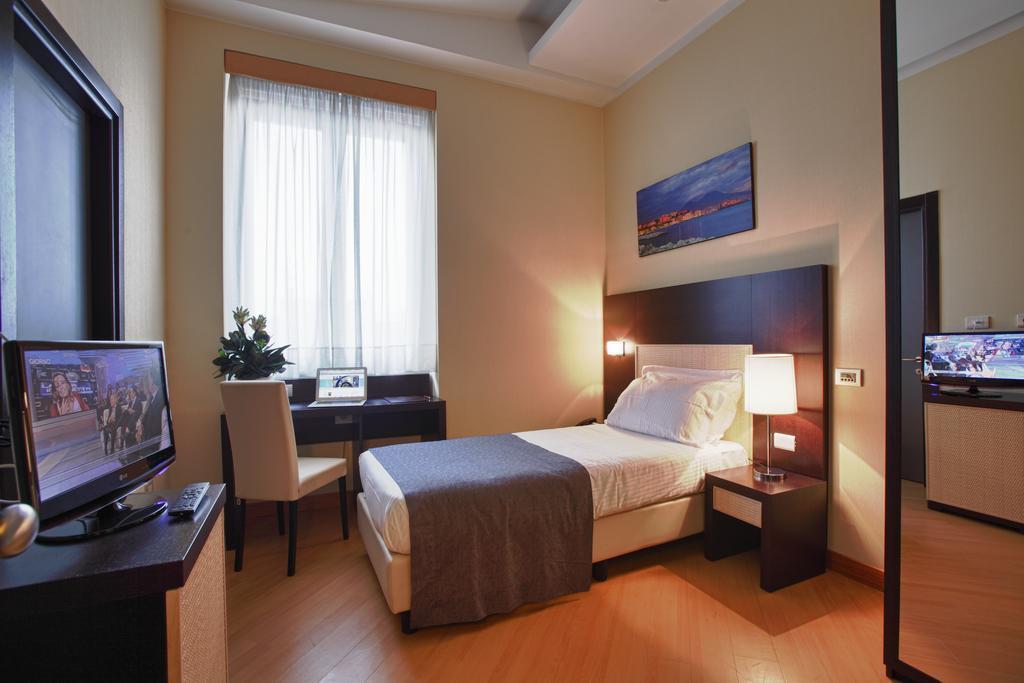 Фото Hotel Naples Италия