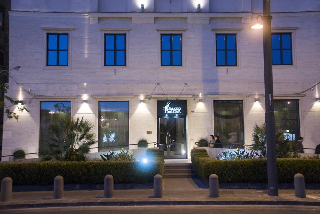 Фото Palazzo Salgar Неаполь