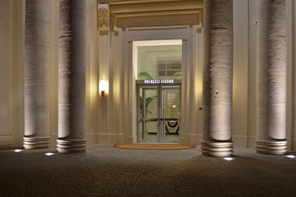 Palazzo Esedra Неаполь