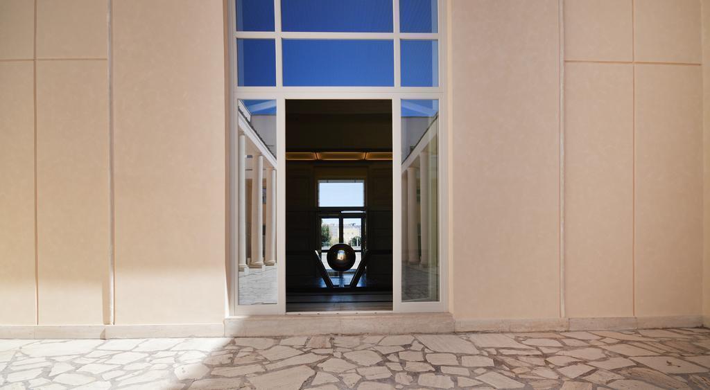 Отель Palazzo Esedra Неаполь
