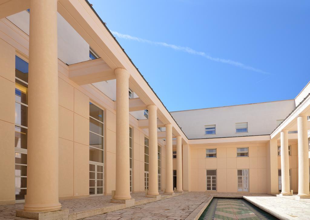 Фото Palazzo Esedra Неаполь