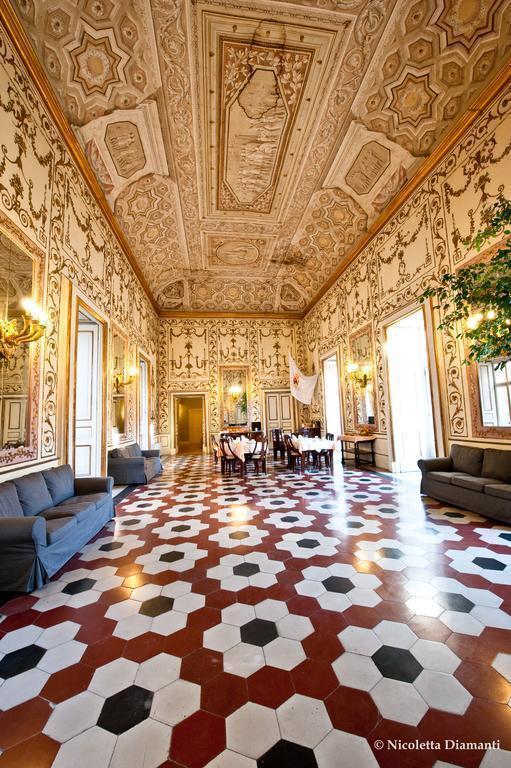 Decumani Hotel De Charme Италия Неаполь