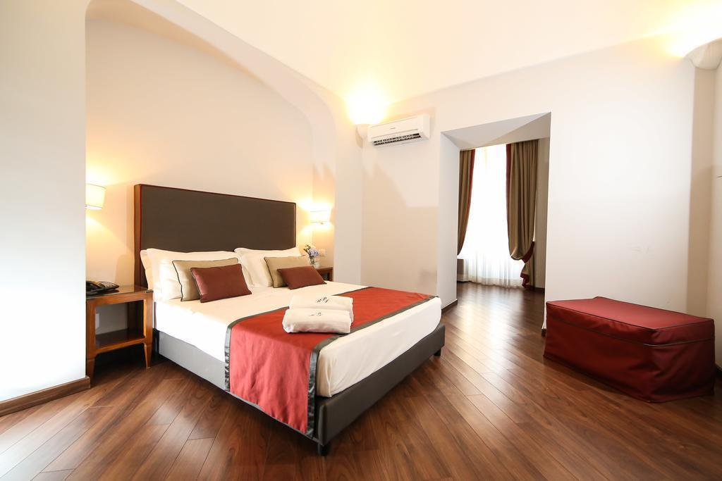Decumani Hotel De Charme Неаполь