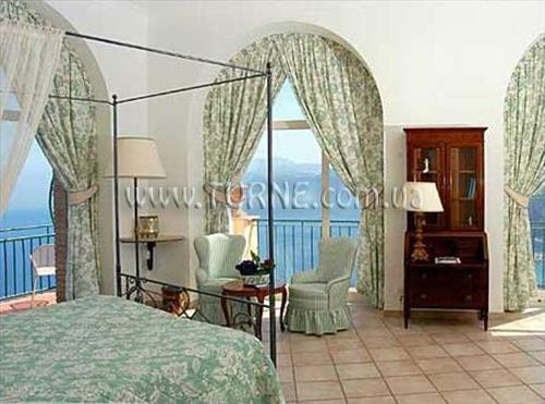 Отель Caesar Augustus Неаполь