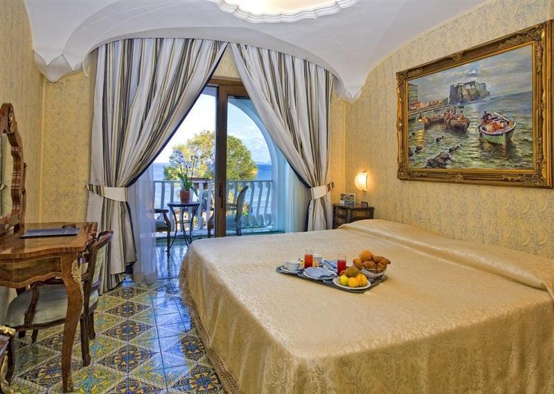 Отель Hotel Delfini Terme & Beauty о. Искья