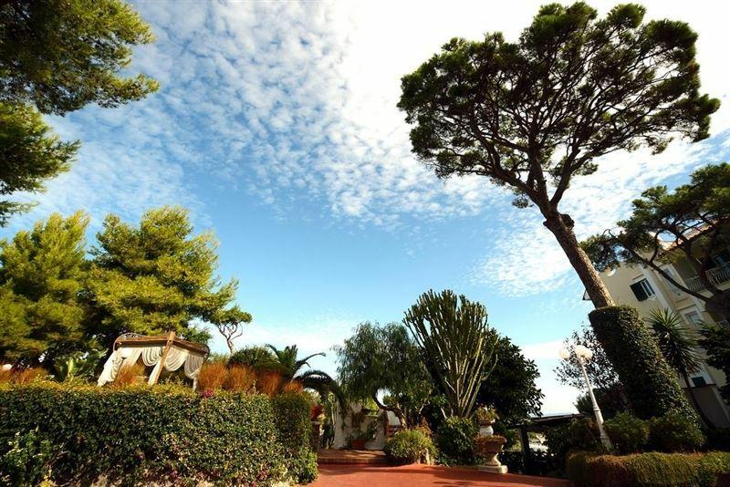 Отель Hermitage & Park Terme Италия о. Искья
