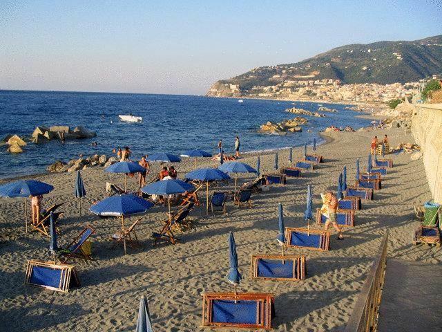 Calanovellamare Италия о. Сицилия