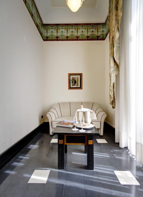 Отель Des Etrangers Et Miramare о. Сицилия