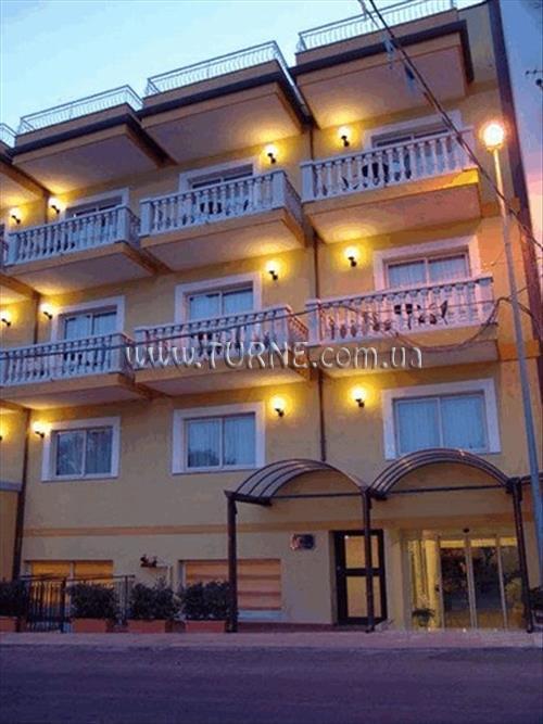 Отель San Vincenzo о. Сицилия