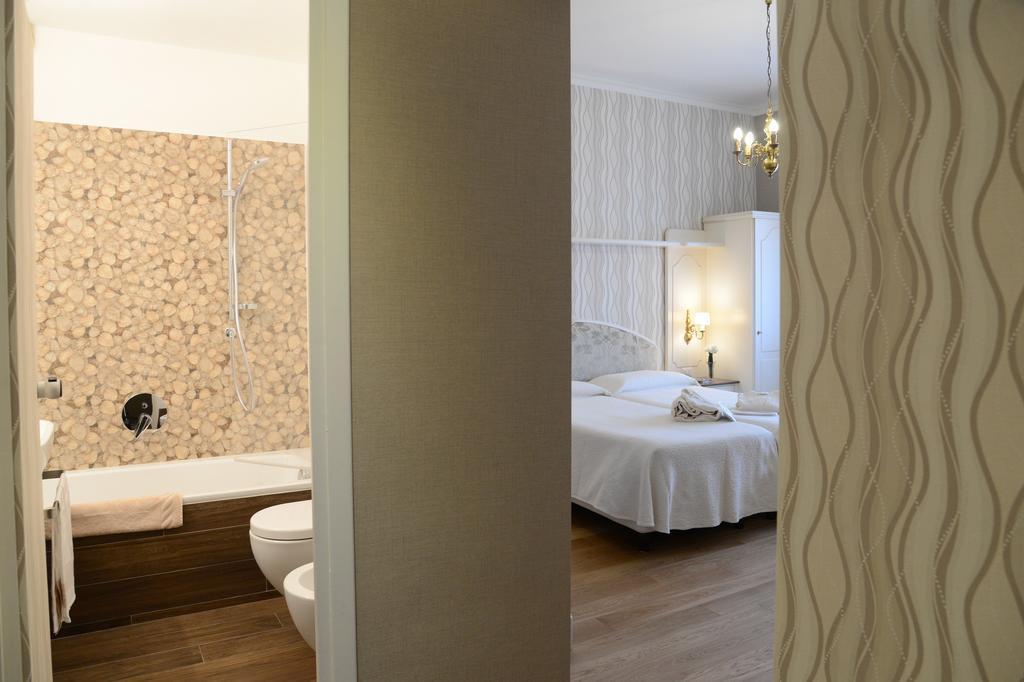 Отель Hotel Metropole & Suisse оз. Комо