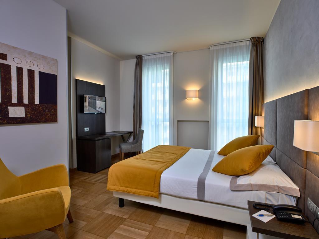 Отель Hotel Como оз. Комо