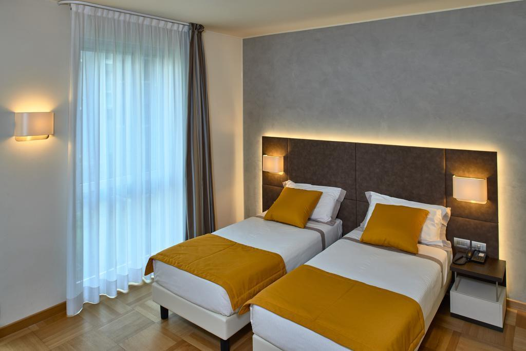 Фото Hotel Como Италия