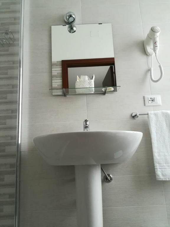 Фото Elite Hotel Италия Палермо