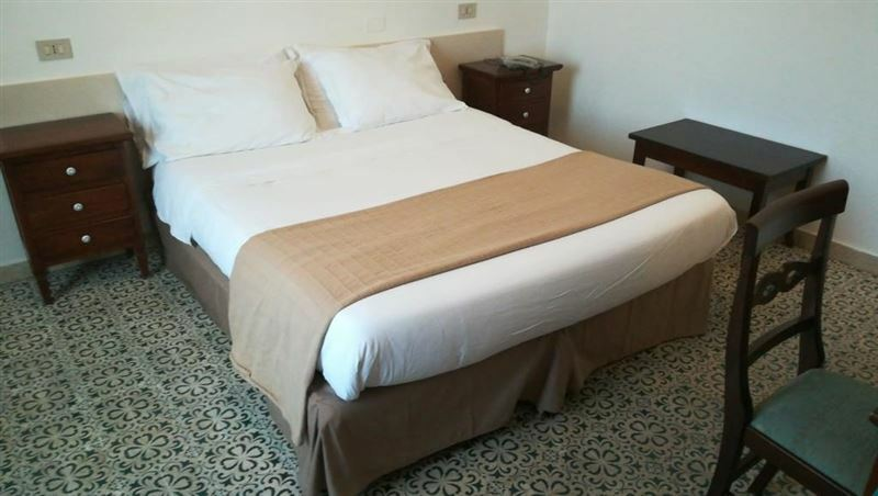 Отель Elite Hotel Палермо