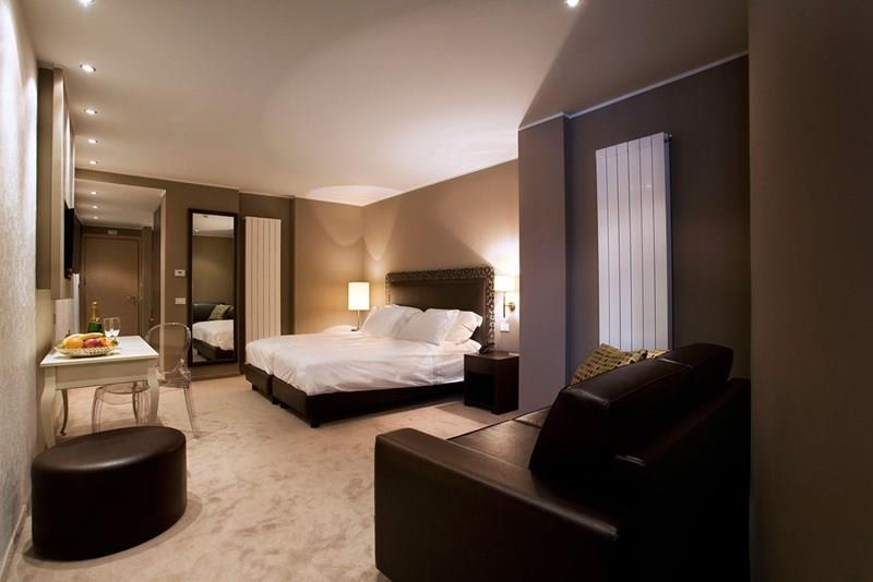 Отель Grand Hotel Paradiso Пассо-Тонале