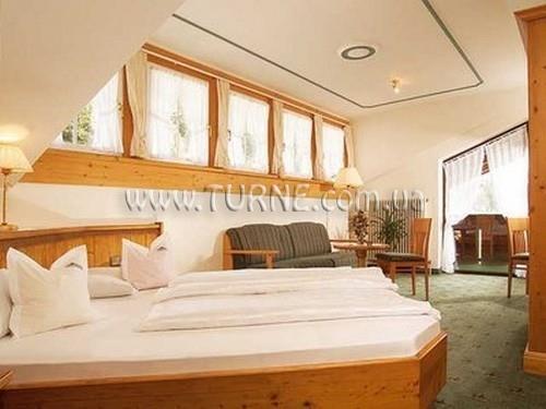 Alpina hotel Пинцоло