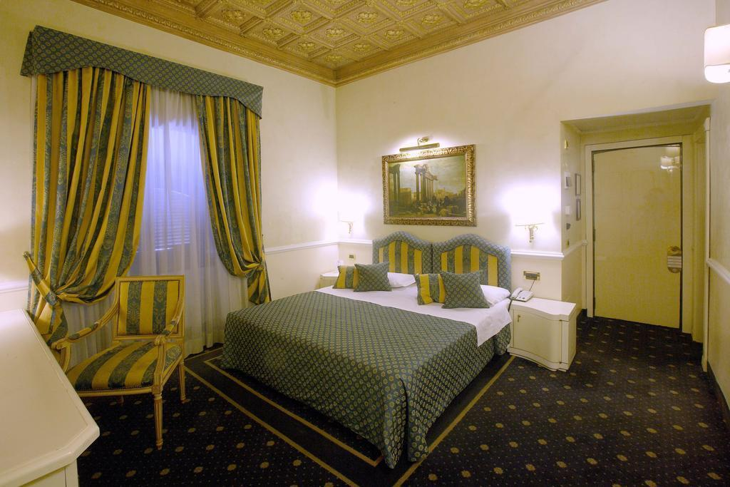 Отель Traiano Италия Рим