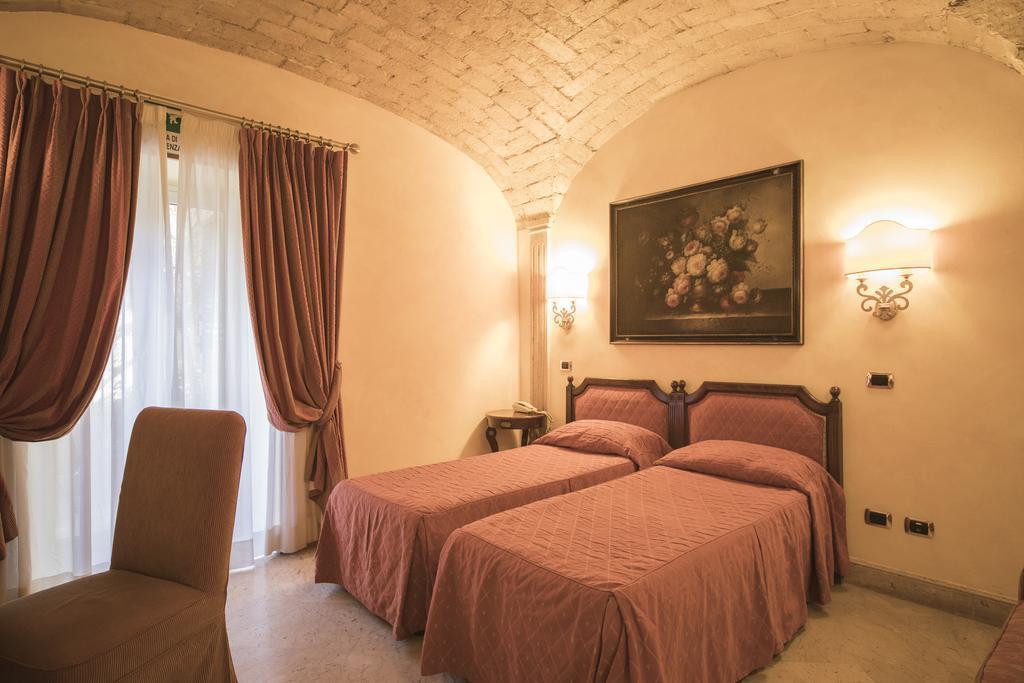 Отель Donatello Италия Рим