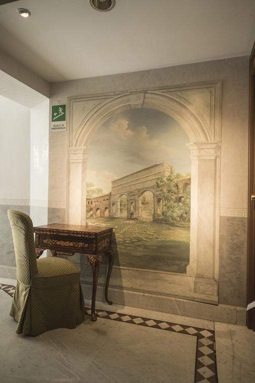 Фото Donatello Италия Рим