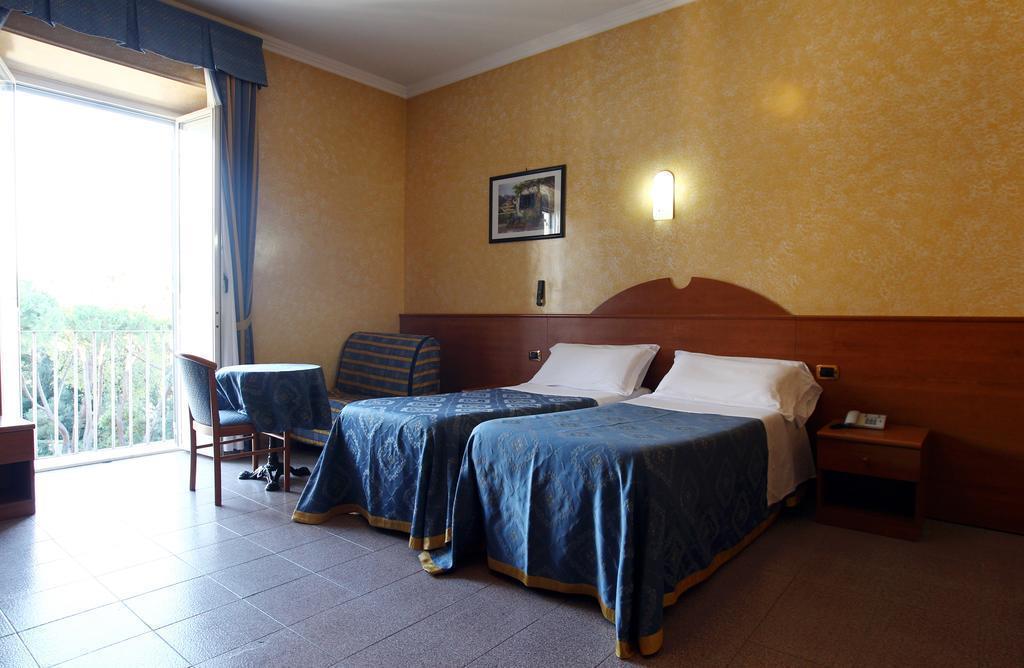 Фото Baltic Hotel Италия