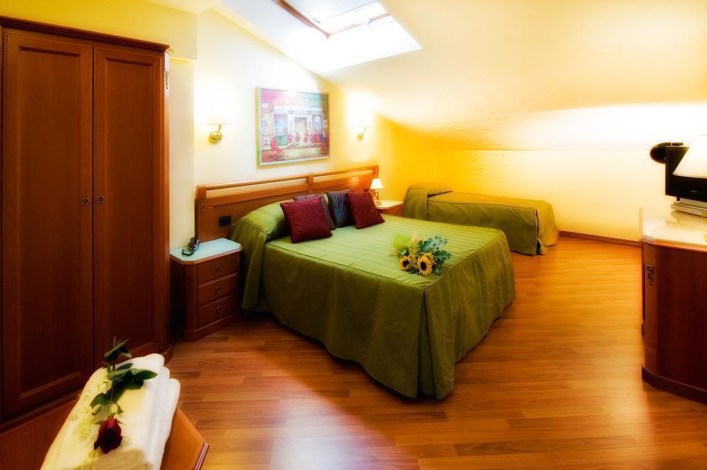 Отель Bright Рим