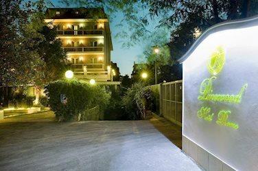 Pinewood Hotel Rome 4*, Італія, Рим