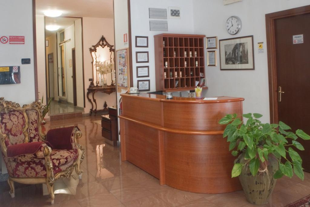 Фото Antico Acquedotto Италия Рим