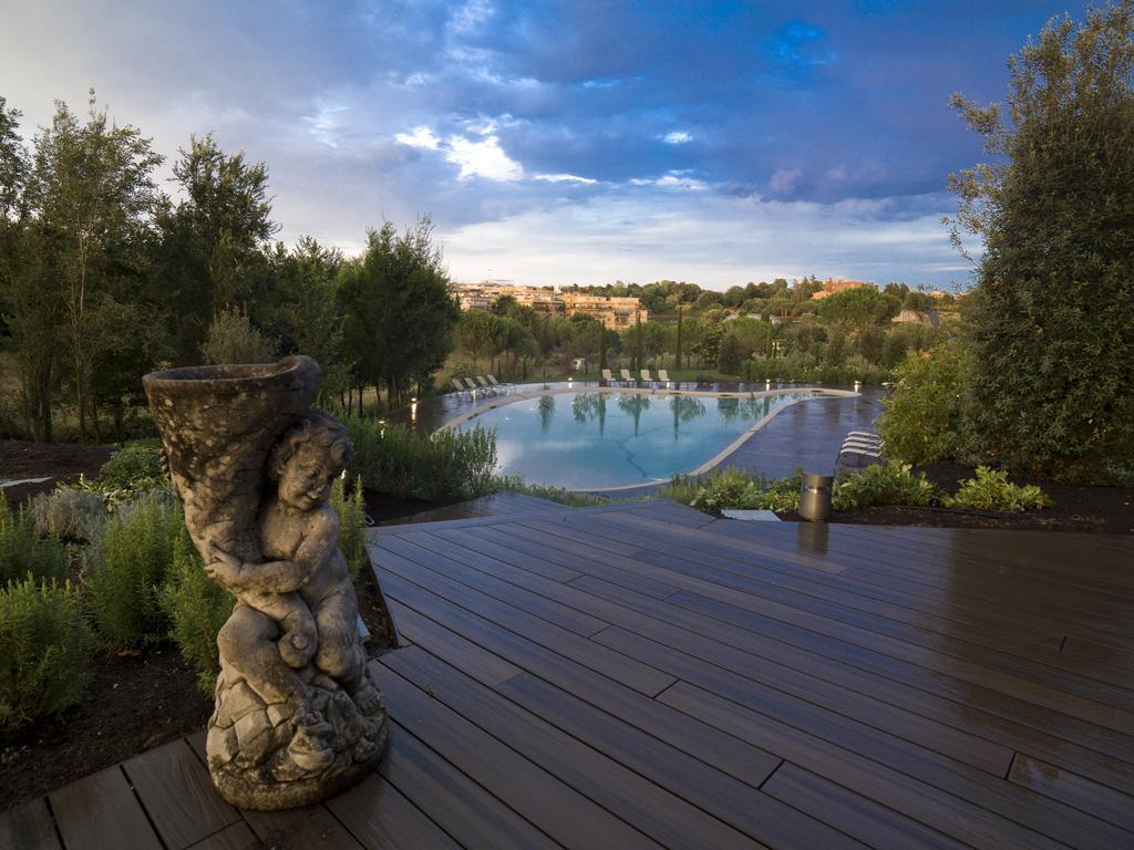 Фото A.Roma Lifestyle Hotel Рим