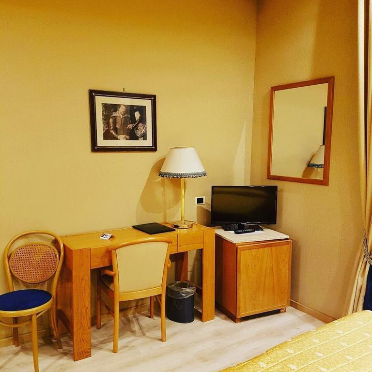 Отель Andreotti Рим
