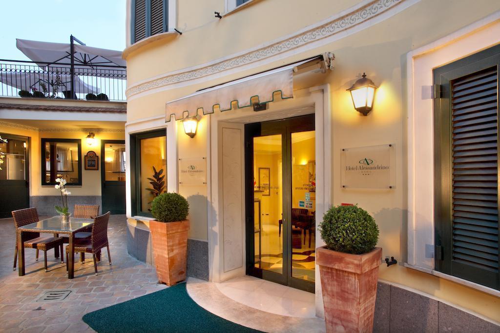 Отель Alessandrino Италия Рим