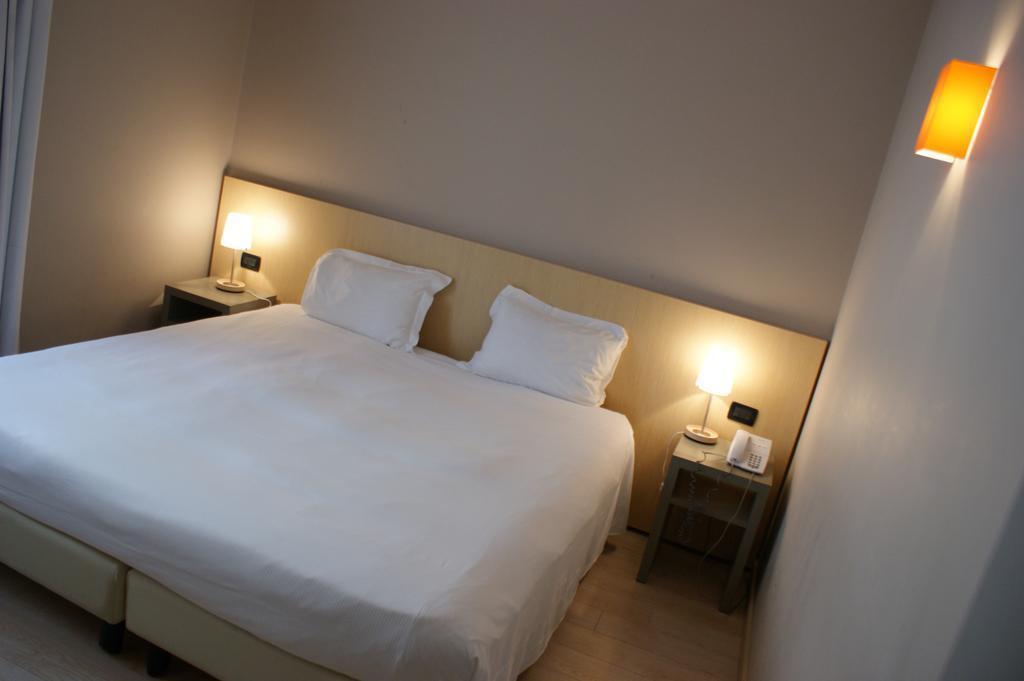 Отель Aniene Италия Рим