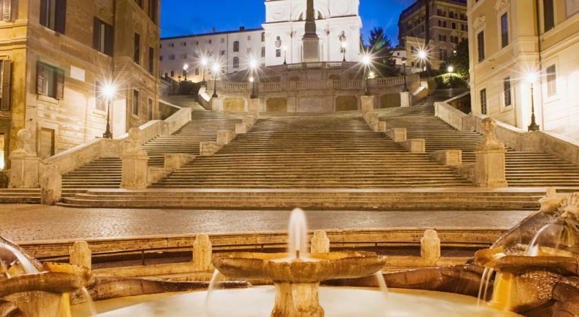 Фото Dei Borgognoni Италия Рим