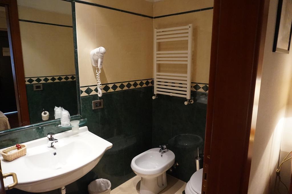 Отель Aureliano Италия Рим