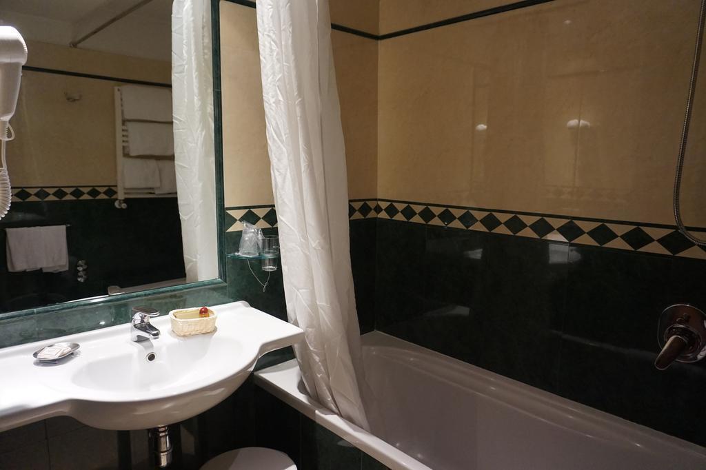 Отель Aureliano Рим