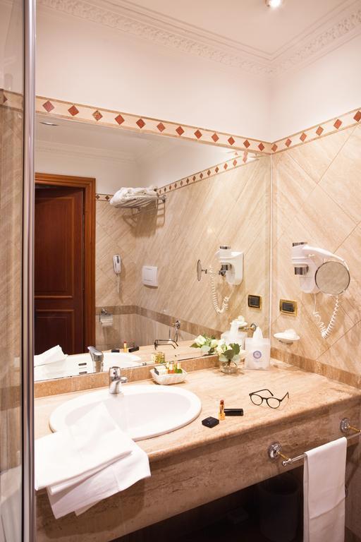 Отель Barberini Рим