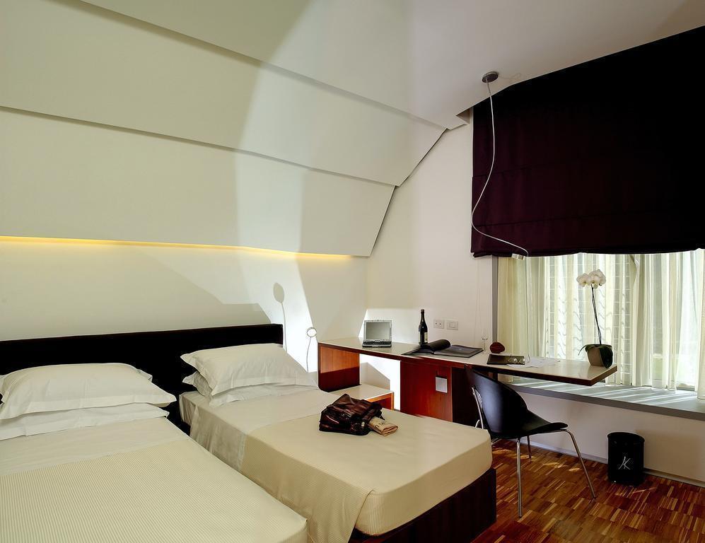 Black Hotel Италия Рим