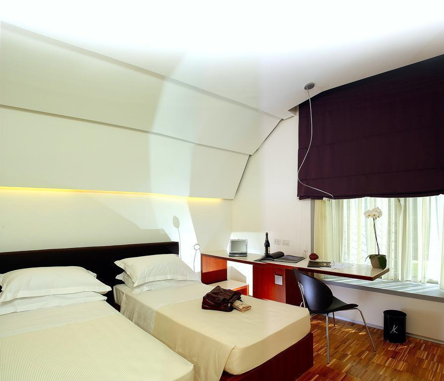Фото Black Hotel Рим