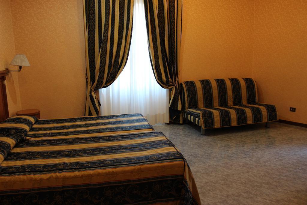 Dei Consoli Hotel Рим