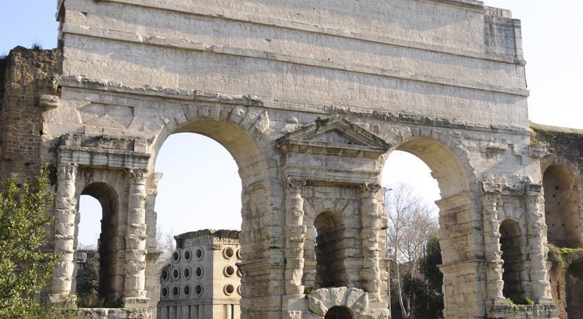Отель Bled Италия Рим