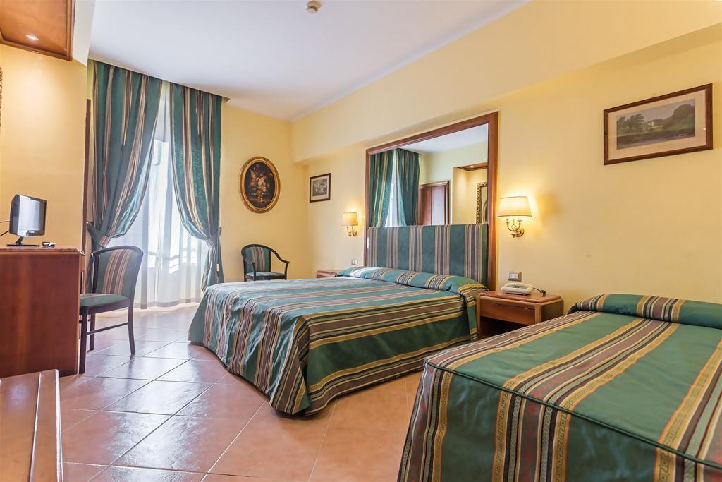 Отель Floridia Рим
