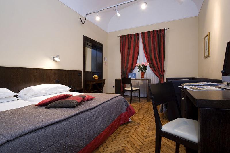 Отель De Petris Рим