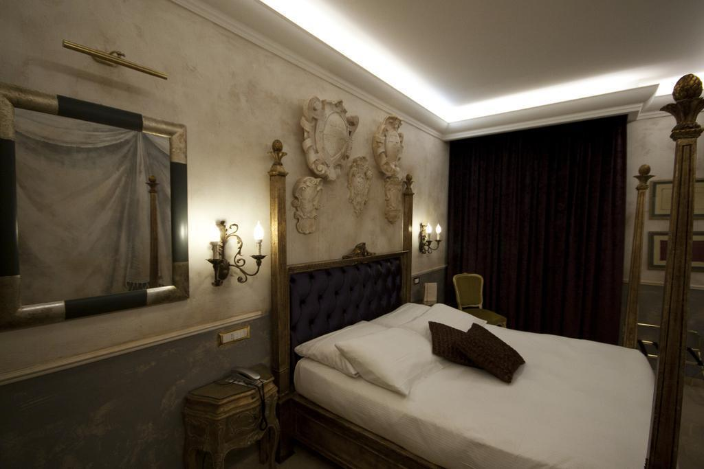 Veneto Palace