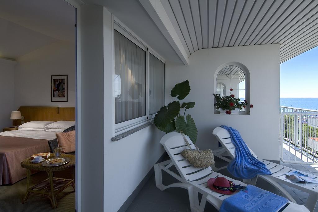 Отель Grand Hotel La Playa Ривьера ди Улиссе