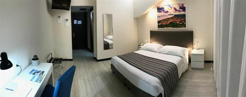 Фото Hotel River Palace Ривьера ди Улиссе