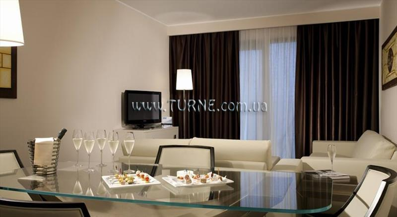 Фото Doubletree by Hilton Hotel Olbia