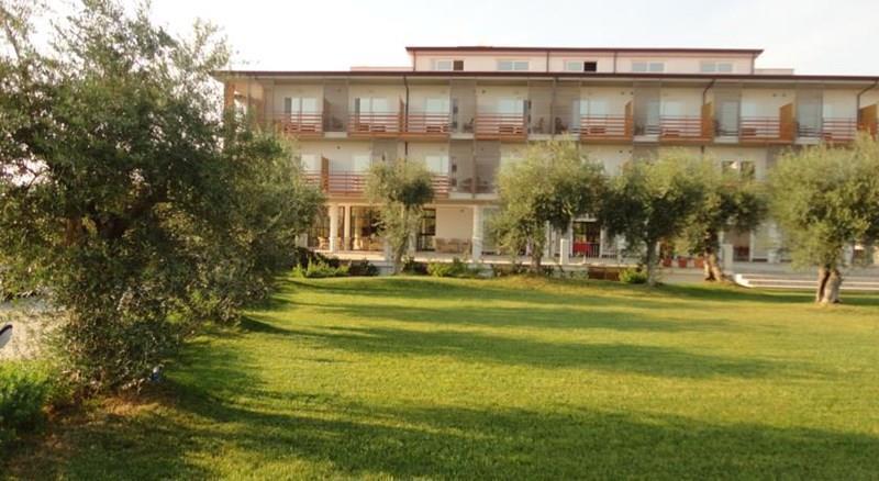 Elaia Grand Hotel Сперлонга