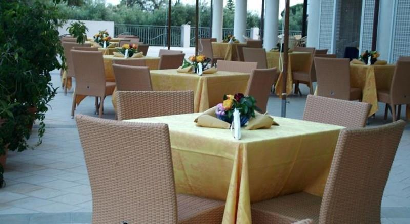 Фото Elaia Grand Hotel Италия