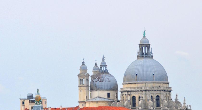 Отель Dei Dragomanni Италия Венеция