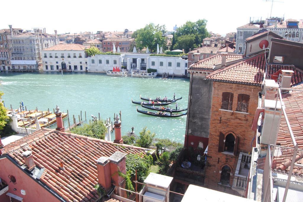 Отель Dei Dragomanni Венеция