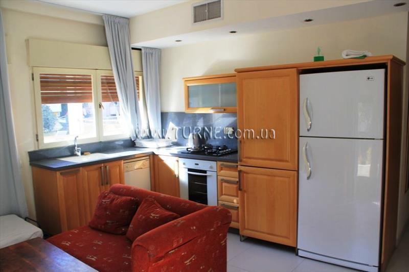 Отель Yarden Sea Side Apartments Тель-Авив